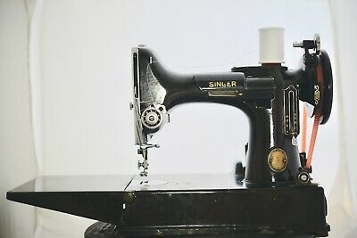 SINGER 221-1 Featherweight Sewing Machine SOLD AS IS