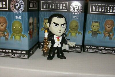 Dracula with Candle Funko Mystery Mini Universal Studios Monsters  1/6