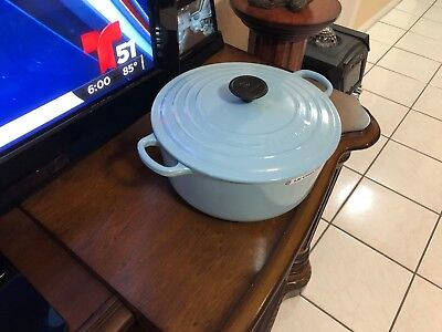 Le Creuset 5.5 qt Round Dutch Oven Blue Sky #26 No Factory Box .