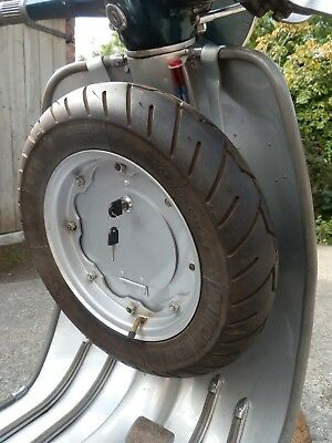Lambretta, Cubby Box Combined toolbox & spare wheel carrier