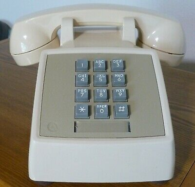 Ivory Western Electric Bell System Touch Tone Desk Phone 2500 DM Vintage