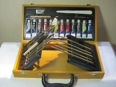 Royal Langnickel Fusion Acrylics Set with Brushes in Wooden Box