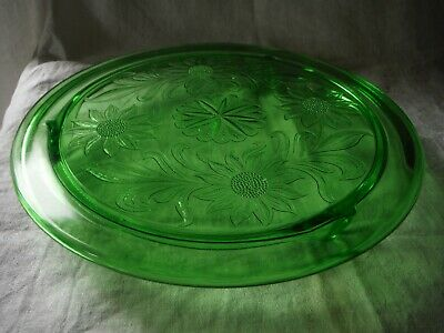 "Vintage 1930's Depression Glass Footed Cake Plate/Stand Floral Design 10"" - VGC"
