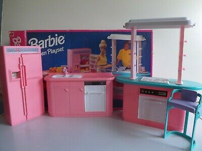 Barbie  Kitchen Furniture Fridge, Cooker ,Sink Playset Boxed