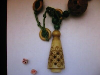 """Chinese Carved & Apple Green Peking Glass Necklace 34"""""""