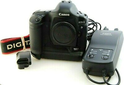 Canon EOS 1D Mark II Digital SLR Camera (Body Only) Great Condition Pro camera