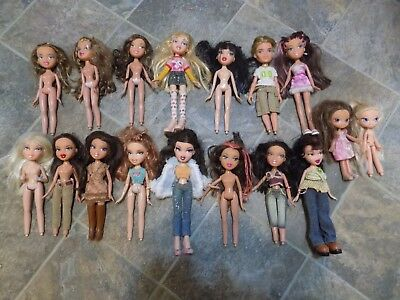 MGA 2001 Bratz Dolls - Lot of 17 Loose Dolls + Clothes Shoes Boy Doll