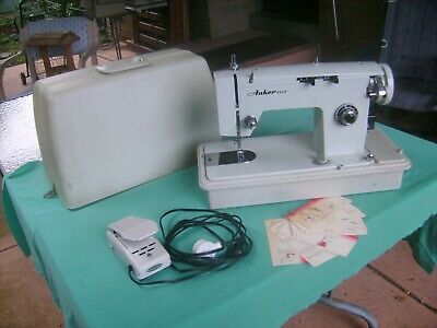 """VINTAGE """"ANKER ette""""SEWING MACHINE,all Working,Light Working,Good Condition"""