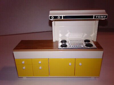 Tomy Vintage Smaller Homes Dollhouse Stove Range Top Kitchen Cabinet Counter