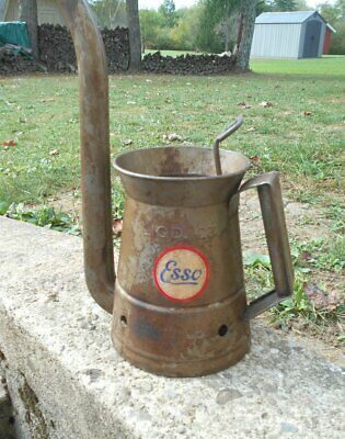 Vintage Service Station Swing Arm Gooseneck 1 Quart Oil Can With Esso Logo Rare
