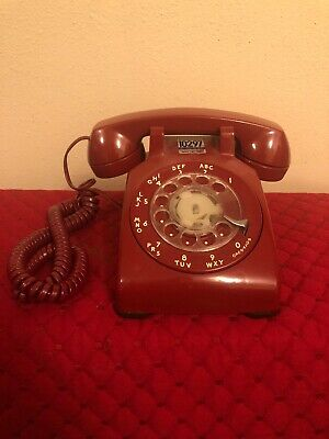 Telephone Bell System CD500 Rotary Dial Red Desk Top Phone Vintage 70's