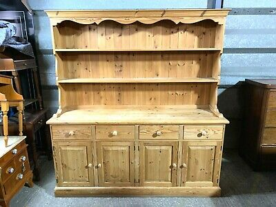 Large solid pine four door/drawer dresser sideboard with plate rack shelved top