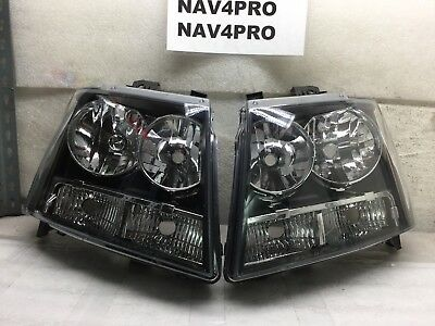 2007-2014 Chevrolet Tahoe Suburban Avalanche Halogen Headlight Pair #H532