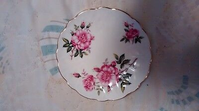 Aynsley China Bread/Butter Plate Scalloped/Gold Rim Rose Pattern