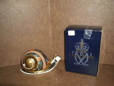 Royal Crown Derby Imari Garden Snail Paperweight With Box