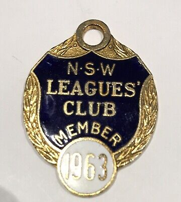 1963   Nsw   Rugby  League  Club  Member  Badge # 7557