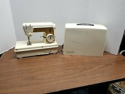 Vintage 1960's Singer Little Touch & Sew Childrens Sewing Machine 67A23 - Runs