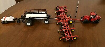 high detail diecast toy very nice New 1//64 Bourgault air drill /& commodity cart
