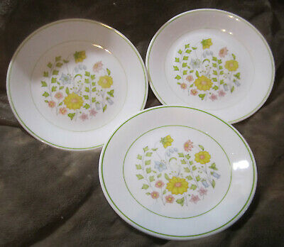 """Corelle by Corning Meadow Three 8.5"""" Plates Yellow Flowers Floral Green Trim"""