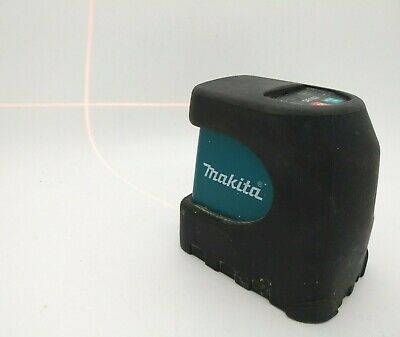 MAKITA SK102 2 Way Self-leveling Cross Line Laser Level