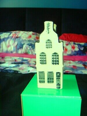 Klm Airline Delft  Houses ( Choice Of 3 -Price Each) This Is No 24