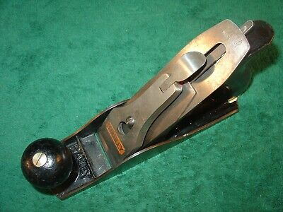 VINTAGE STANLEY BAILEY No.3 SMOOTH BOTTOM WOODWORKING PLANE  MADE IN USA