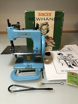 Singer Model 20 SewHandy Sewing Machine Blue Clamp Box Toy Featherweight 4 Scale