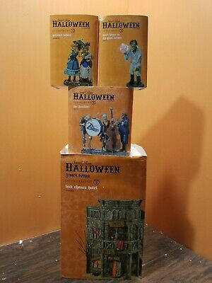 Dept 56 Last Chance Hotel Brothel Zombies Band Painted Ladies Halloween Village