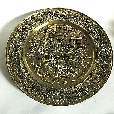 "VTG Brass Color Embossed Wall Plate 14"" Victorian Scene Peerage England Made"