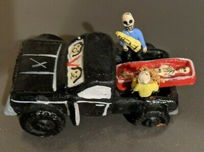 Car Casket Coffin Mexican Day of the Dead dia de muertos Pick up truck cemetery
