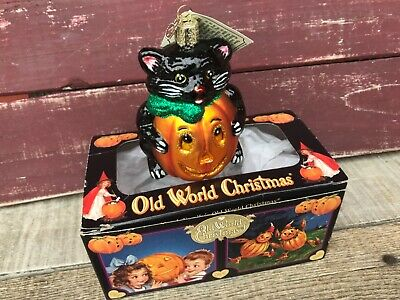 Merck Old World Halloween Glass Ornament - The Cat in the Jack o Lantern