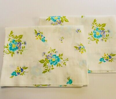 2 Floral Standard Pillowcases Cannon Monticello Percale Vtg Blue Green