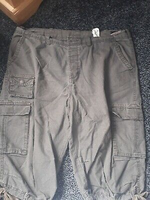 ** Jack Jones Mens Brown Check Cargo Casual Shorts. Size Xl. Gc. Others Too**