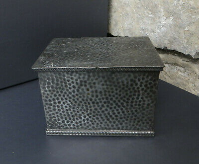 Vintage Hammered Effect / Arts Crafts Style Box Base Stamped English Pewter 3456