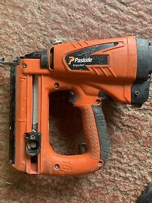 Paslode IM65 F16 Lithium Brad Nailer - Pre-owned