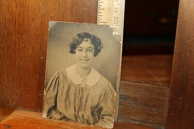 Antique Photo Late Victorian Era Edwardian Pretty Young Lady