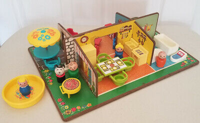 VINTAGE Fisher Price Little People Play Family #909 PLAY ROOMS Set 100% Complete
