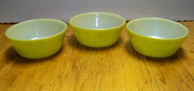 FEDERAL GLASS Bowls Lot of 3 Small Cereal Berry Soup Bowls Avacado Green