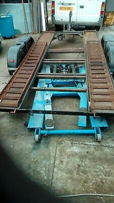 car trailer transporter recent tyre wheel bearing jockey wheel.