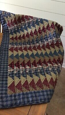 "Donna Sharp Flying Geese Quilt 50"" x 60"""