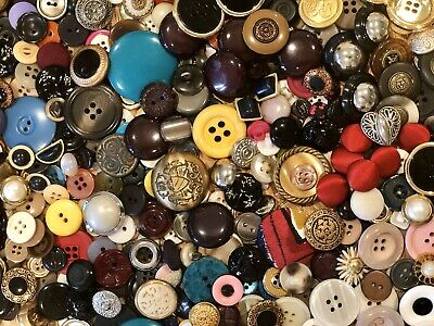Beautiful lot of Vintage Antique Sewing Buttons