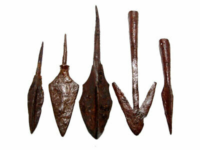 LOT OF 5pcs. ANCIENT IRON ARROW HEADS, WELL PRESERVED, BROAD VARIETY+++