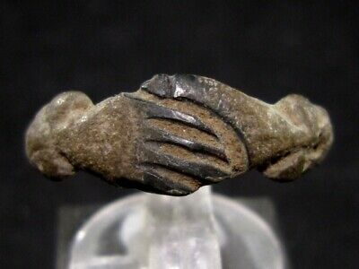 Very Attractive Roman Bronze Clasped Hands Ring, As Found+++