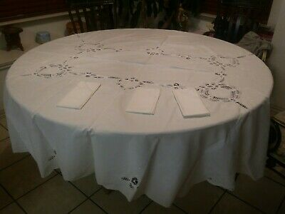 """Vintage Heavily EMBROIDERED Round White Linen TABLECLOTH 85"""" handmade scalloped"""