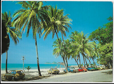 Queensland 1985 Ellis Beach Cairns cars postcard Australia