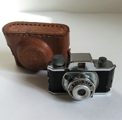 Vintage Tougodo Baby Max miniature camera with case
