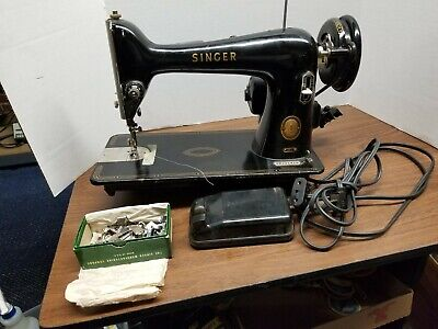 NICE Vtg 1956 SINGER 66- Electric Sewing Machine +EXTRAS, Pedal, WORKS