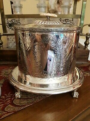 19th Century Plated Biscuit Barrel Made By James Shaw & Fisher (1870 - 1894)
