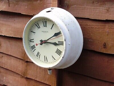 wall  clock  MAGNETA   ELECTRIC  CLOCK WORKING  WITH SECOND HAND + VIDEO
