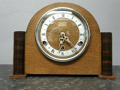 Vintage Retro Light Wooden 8 Day Westminster Chiming Mantle Clock